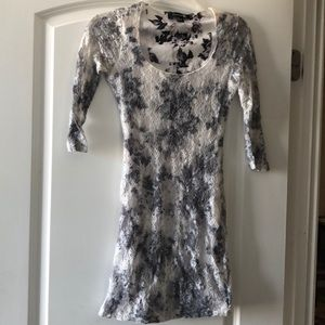 White & Gray Floral Lace Body-Con Dress!